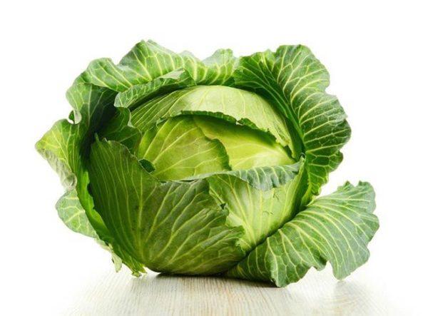 От употребления необработанной белокочанной капусты возможно усиленное газообразование