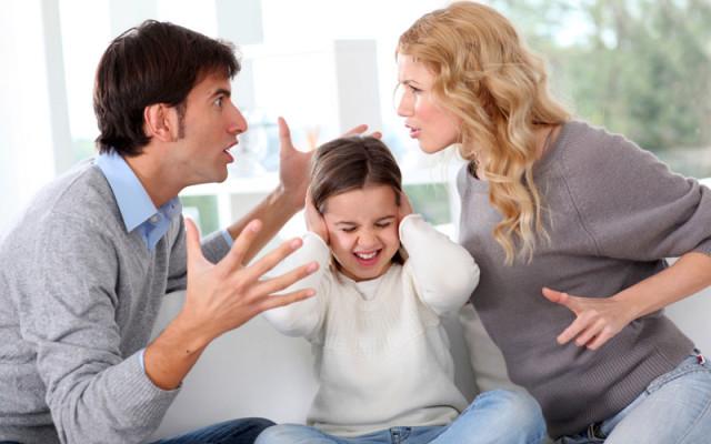 Заранее согласуйте друг с другом ту информацию, которую хотите преподнести ребенку