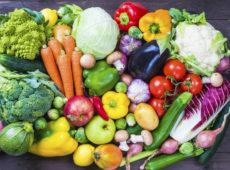 Клетчатка (овощи, бананы, яблоки, арбузы, ягоды)