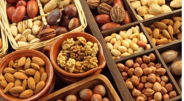 Орех может спровоцировать мочекаменную болезнь