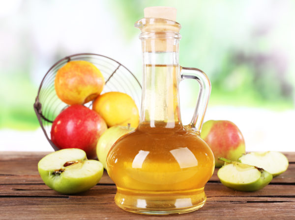 Использование яблочного уксуса противопоказано при лечении чесотки