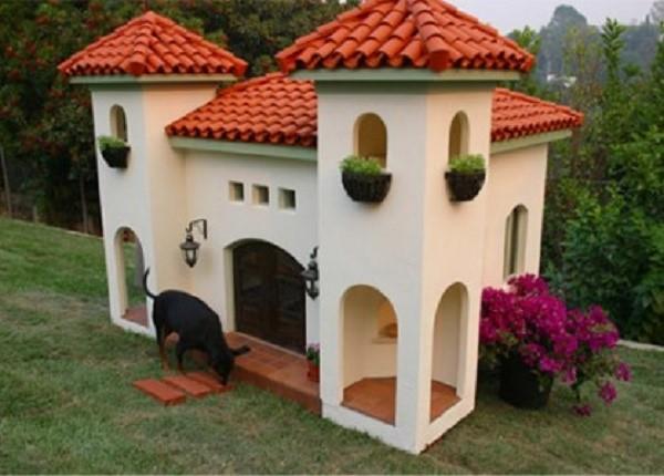 Из пенопласта можно сделать настоящий дворец
