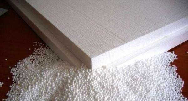 Пенопластовые панели отлично подойдут для квартирного домика собаки