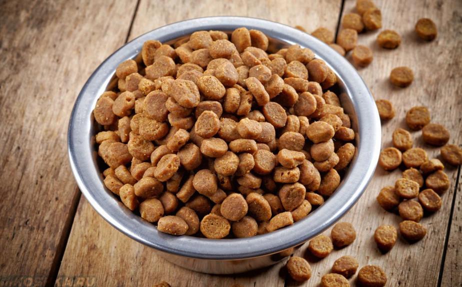 Готовые корма полностью сбалансированы и их остается лишь порционально давать их питомцу