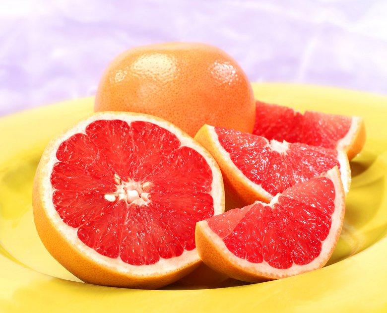 Кожура грейпфрута является настоящей обоноятельной бомбой в борьбе с любопытством животных