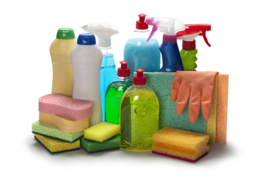 Не используйте агрессивные чистящие средства для предварительного очищения сантехники
