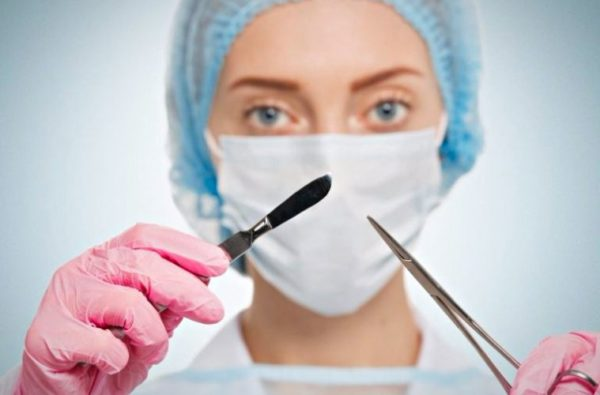 На самых запущенных стадиях болезни доктору придется прооперировать кота, удалив узлы хирургическим путем