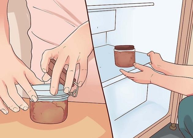 Храните кошачий корм в герметичном контейнере
