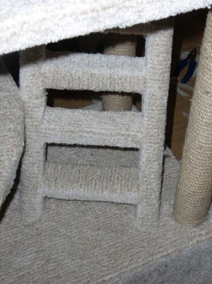 Не ленитесь, и покройте тканью все имеющиеся детали строения