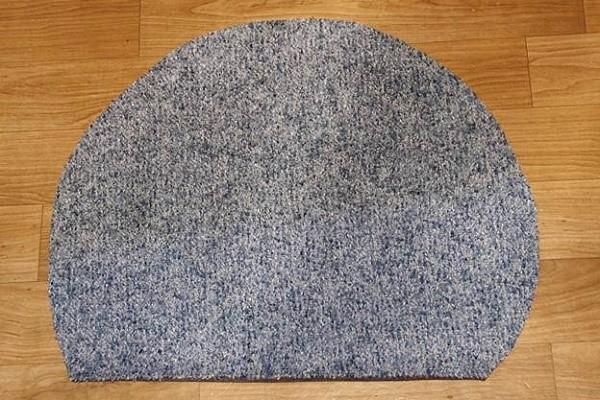 Как правильно вырезать из ткани отрез для отделки домика