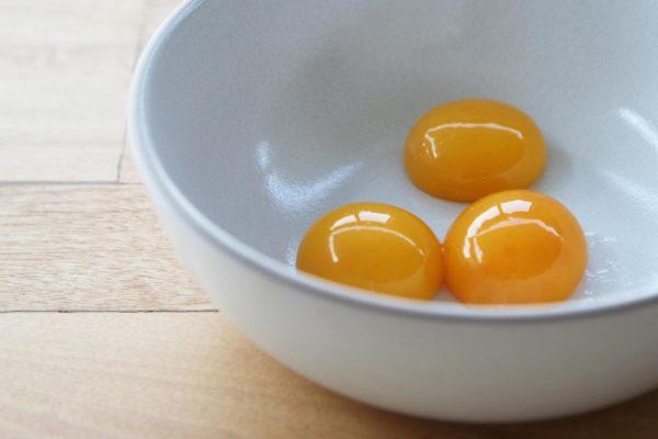 Употребление яичных белков запрещено