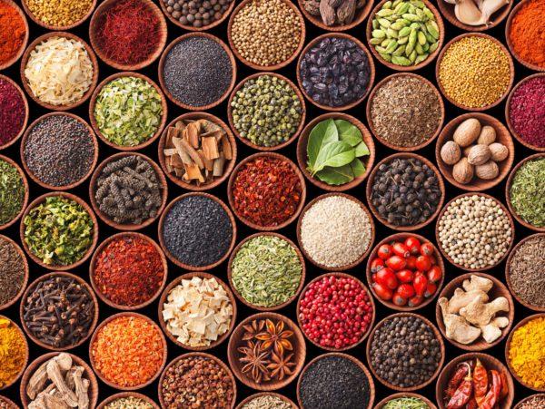 При приготовлении пищи для питомца запрещено использовать специи